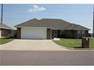 1800 Cougar Circle, Altus, OK 73521 (MLS #924560) :: Homestead & Co