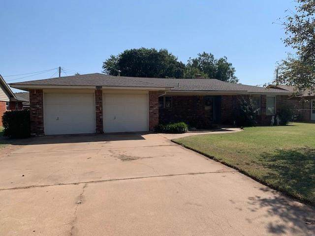 1503 S 10th Street, Kingfisher, OK 73750 (MLS #929714) :: Your H.O.M.E. Team