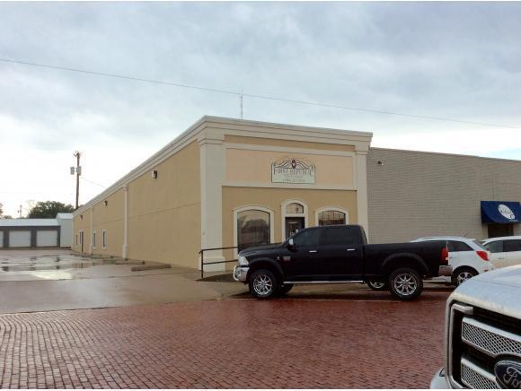 209 S Jefferson, Elk City, OK 73644 (MLS #285555A) :: Homestead & Co