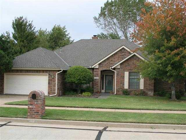 1405 Interurban Way, Edmond, OK 73034 (MLS #396862) :: Wyatt Poindexter Group