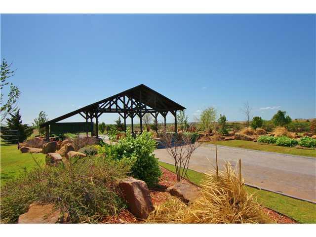 2060 County Road 1336, Blanchard, OK 73010 (MLS #550112) :: Homestead & Co