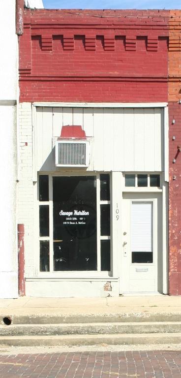 109 N Dean Mcgee Avenue, Wynnewood, OK 73098 (MLS #787690) :: Wyatt Poindexter Group
