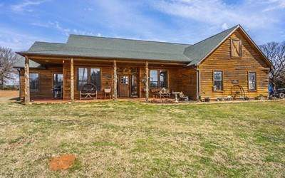 12555 NE 220th Street, Arcadia, OK 73007 (MLS #855706) :: Homestead & Co