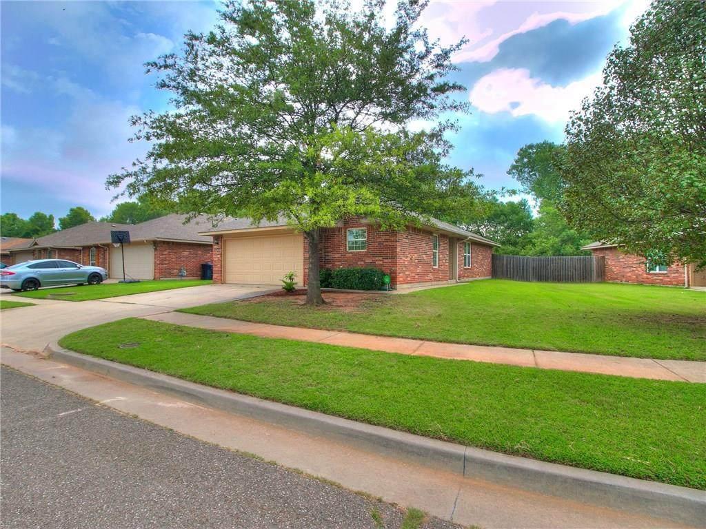 528 Choctaw Gate Drive - Photo 1