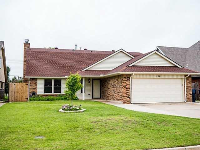 128 SW 148th Street, Oklahoma City, OK 73170 (MLS #817362) :: KING Real Estate Group