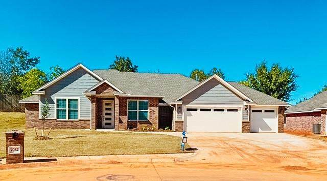 7047 Labelle Court, Warr Acres, OK 73132 (MLS #915158) :: ClearPoint Realty