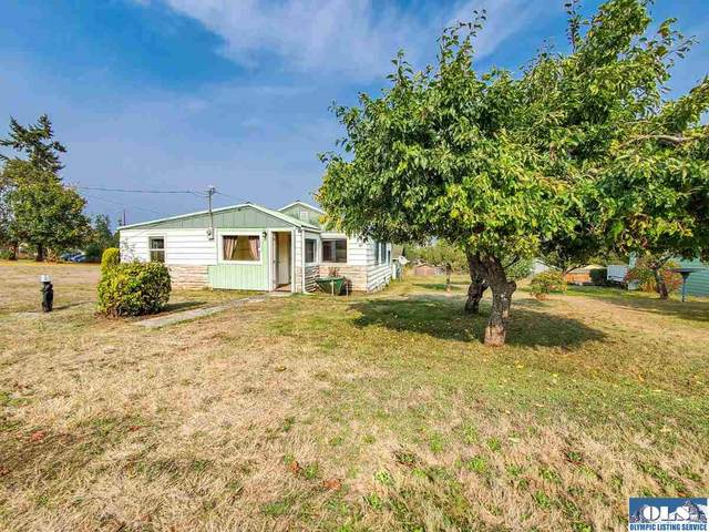 1037 W 14th St, Port Angeles, WA 98363 (#341613) :: Priority One Realty Inc.