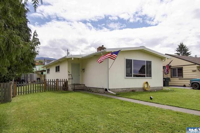 328 E Lopez Ave, Port Angeles, WA 98362 (#350954) :: Priority One Realty Inc.