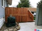 2428 Crown Point Avenue - Photo 4