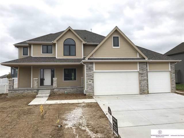 9961 S 106 Street, Papillion, NE 68046 (MLS #21901170) :: Stuart & Associates Real Estate Group