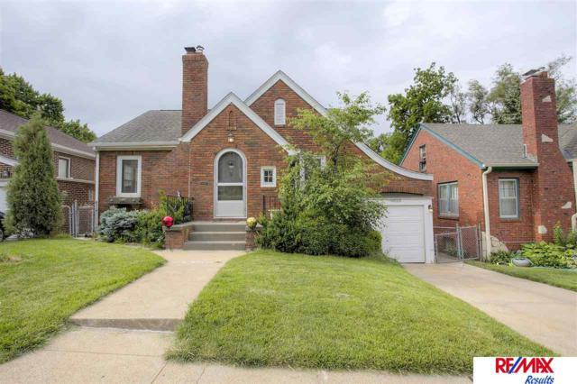 6023 Pierce Street, Omaha, NE 68106 (MLS #21711635) :: Nebraska Home Sales
