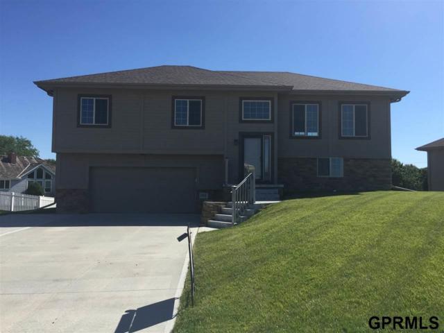 703 Fenwick Street, Papillion, NE 68046 (MLS #21711641) :: Nebraska Home Sales