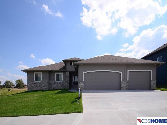 513 Locust Street, Gretna, NE 68028 (MLS #21714630) :: Omaha's Elite Real Estate Group