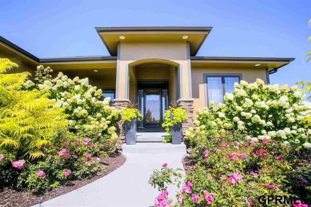 18652 Oregon Circle, Elkhorn, NE 68022 (MLS #21714736) :: Omaha's Elite Real Estate Group