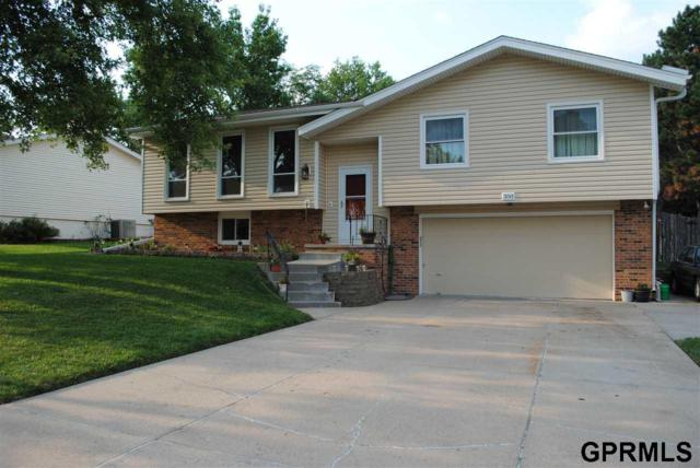 350 Windsor Drive, Papillion, NE 68046 (MLS #21714972) :: Omaha's Elite Real Estate Group