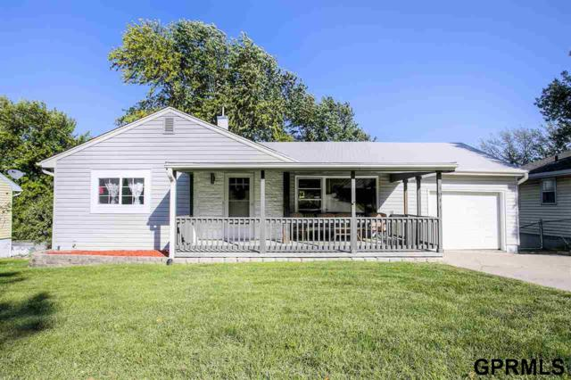 1011 Parkway Drive, Bellevue, NE 68005 (MLS #21717386) :: The Briley Team