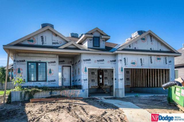 19647 Blaine Circle, Omaha, NE 68135 (MLS #21718408) :: Omaha's Elite Real Estate Group