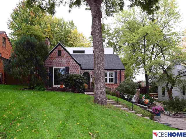2119 S 61 Street, Omaha, NE 68106 (MLS #21718799) :: Omaha Real Estate Group