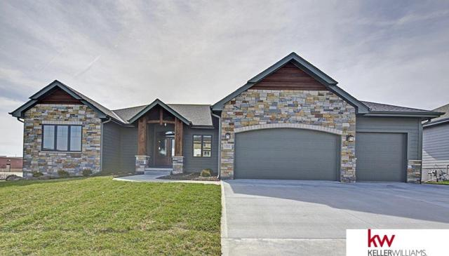 1317 S 208 Street, Elkhorn, NE 68022 (MLS #21720474) :: The Briley Team