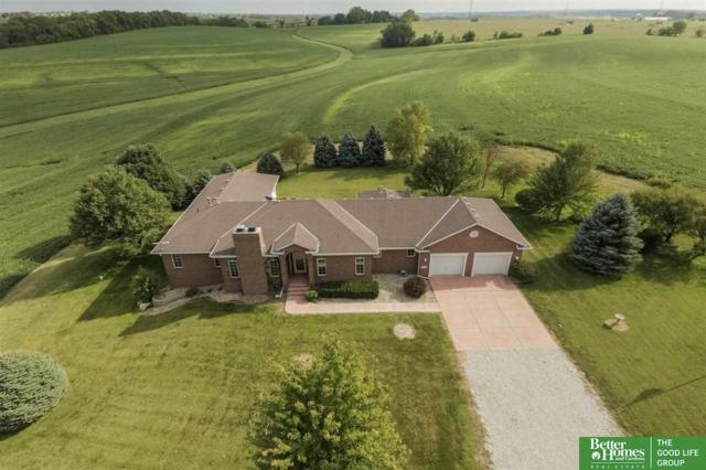 5551 Maass Road, Papillion, NE 68133 (MLS #21720868) :: The Briley Team