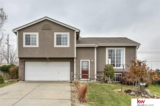 1209 Devon Drive, Papillion, NE 68046 (MLS #21720911) :: The Briley Team