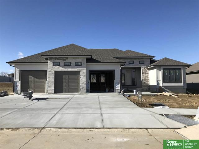 2104 S 210th Street, Elkhorn, NE 68022 (MLS #21720915) :: The Briley Team