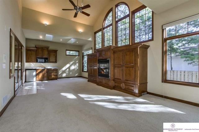 10909 Frances Street, Omaha, NE 68144 (MLS #21721489) :: Omaha Real Estate Group