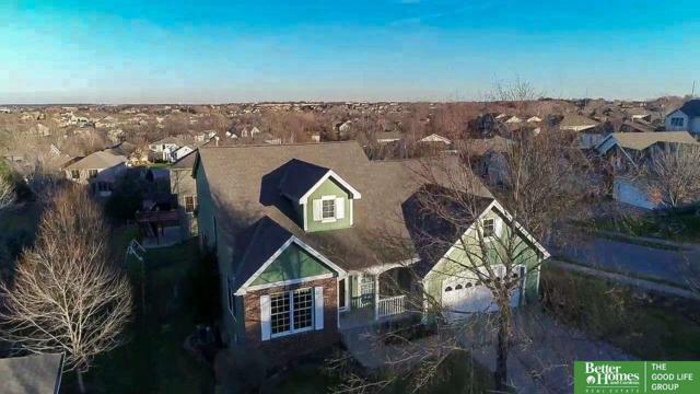 555 S 188th Avenue Circle, Elkhorn, NE 68022 (MLS #21721602) :: Omaha Real Estate Group