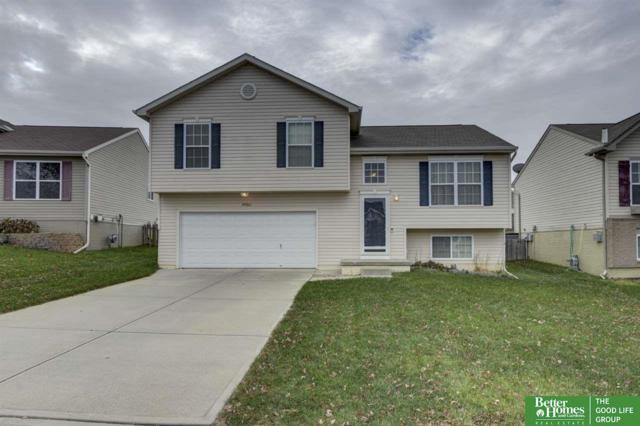19365 U Street, Omaha, NE 68135 (MLS #21721756) :: Omaha Real Estate Group
