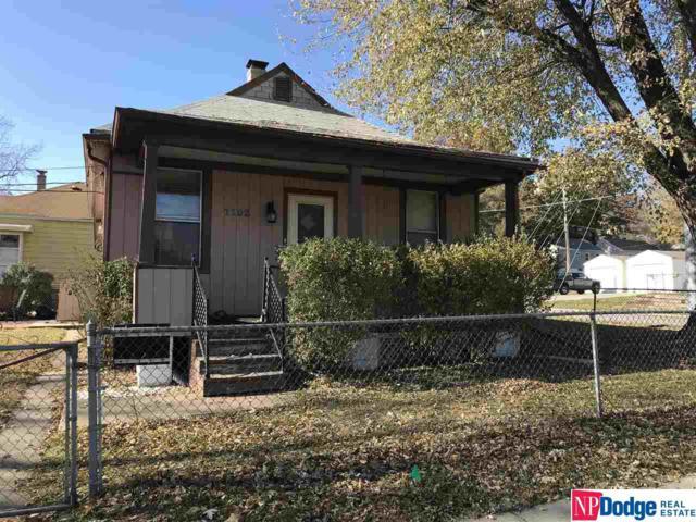 1102 S 50 Street, Omaha, NE 68106 (MLS #21722045) :: Omaha's Elite Real Estate Group