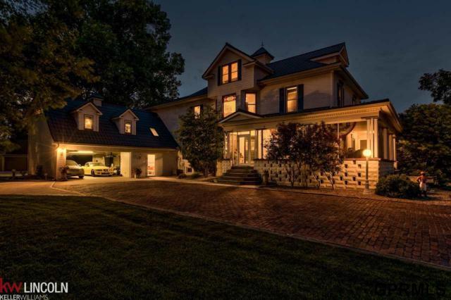 512 N Spruce Street, Valley, NE 68064 (MLS #21722201) :: Nebraska Home Sales