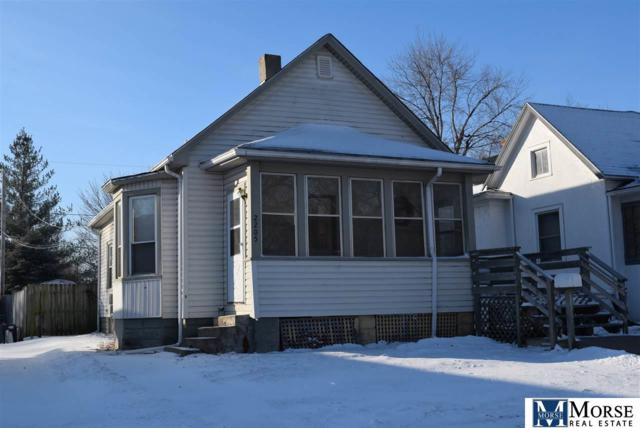 2205 6th Avenue, Council Bluffs, IA 51501 (MLS #21801087) :: Omaha Real Estate Group