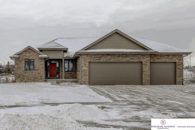 9050 S 71 Avenue Circle, Papillion, NE 68133 (MLS #21801845) :: Omaha Real Estate Group