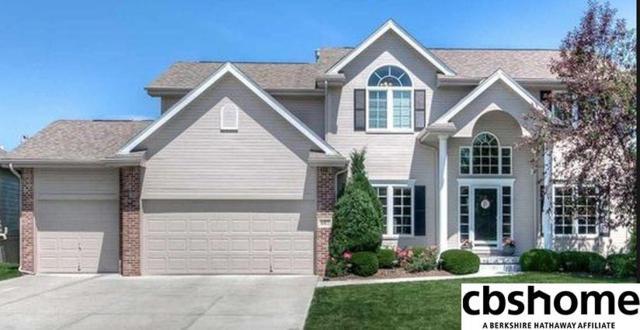 607 S 200 Street, Elkhorn, NE 68022 (MLS #21802346) :: Omaha's Elite Real Estate Group