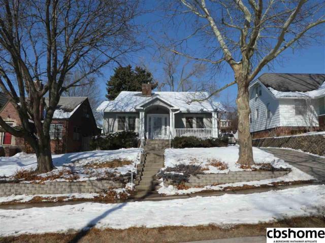 5716 Pacific Street, Omaha, NE 68106 (MLS #21802371) :: Omaha's Elite Real Estate Group