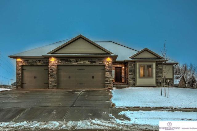 17906 Camelback Avenue, Omaha, NE 68136 (MLS #21802598) :: Omaha Real Estate Group