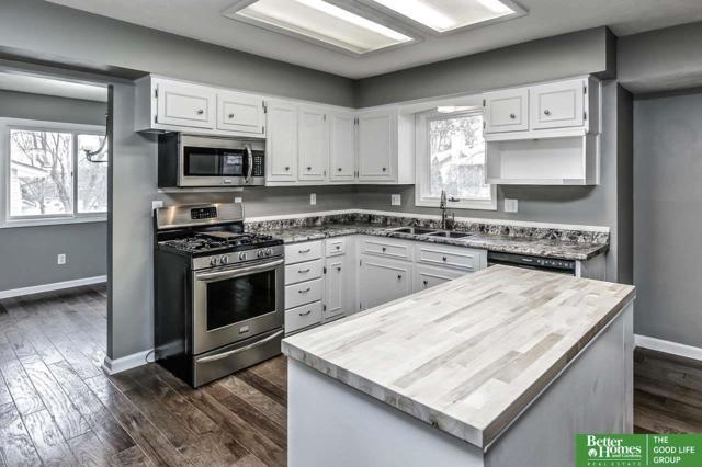 3205 Redwing Drive, Bellevue, NE 68123 (MLS #21803921) :: Omaha's Elite Real Estate Group