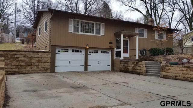 3025 S 107th Street, Omaha, NE 68124 (MLS #21804024) :: Nebraska Home Sales