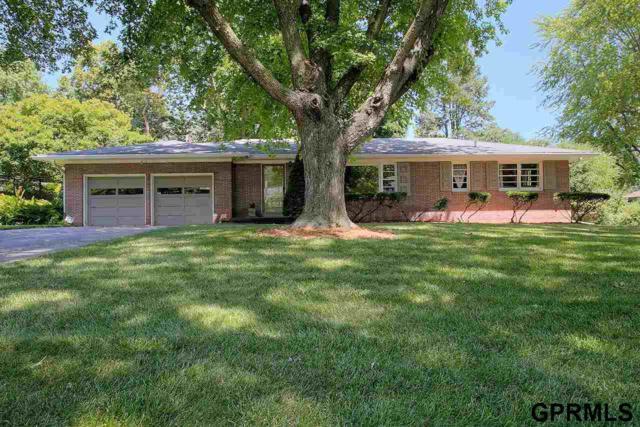 327 S 92Nd Street, Omaha, NE 68114 (MLS #21804129) :: Omaha Real Estate Group