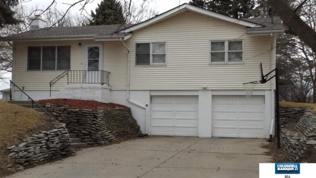 8002 S 37 Street, Bellevue, NE 68147 (MLS #21804271) :: Nebraska Home Sales