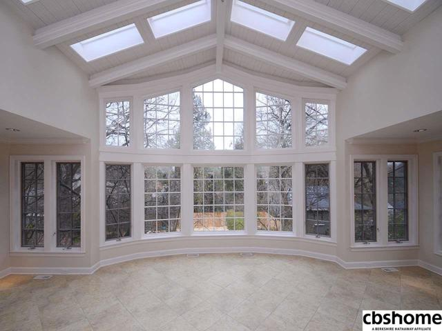 1511 S 83rd Street, Omaha, NE 68124 (MLS #21804516) :: Nebraska Home Sales