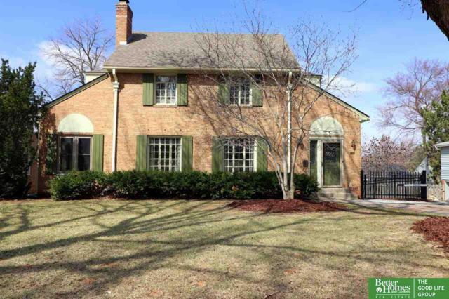 678 N 58th Street, Omaha, NE 68132 (MLS #21804705) :: Nebraska Home Sales
