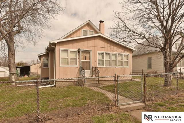 3914 W Street, Omaha, NE 68107 (MLS #21805372) :: Complete Real Estate Group