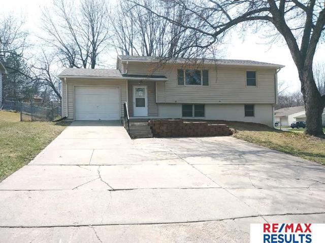 11529 Oak Circle, Omaha, NE 68144 (MLS #21805989) :: Omaha's Elite Real Estate Group
