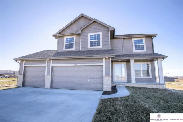 11516 S 110 Street, Papillion, NE 68046 (MLS #21806171) :: The Briley Team