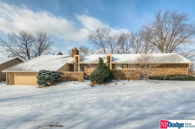 9978 Fieldcrest Drive, Omaha, NE 68114 (MLS #21806178) :: Omaha Real Estate Group