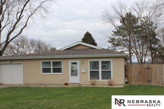 9008 Lamont Street, Omaha, NE 68124 (MLS #21806272) :: Omaha Real Estate Group