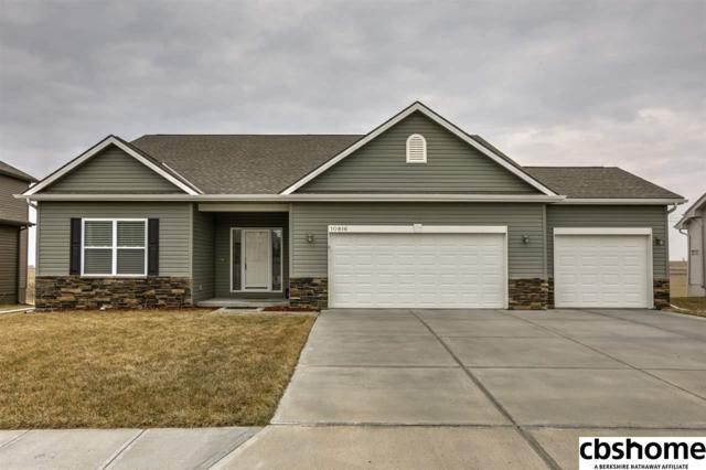 10816 S 215 Street, Gretna, NE 68028 (MLS #21806311) :: The Briley Team