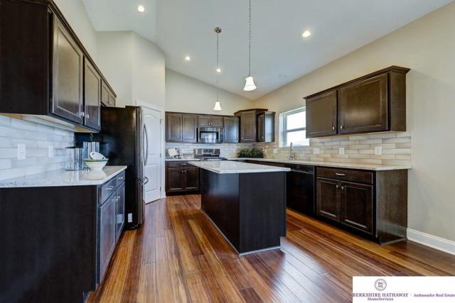 8522 N 168 Avenue, Bennington, NE 68007 (MLS #21806323) :: Omaha Real Estate Group