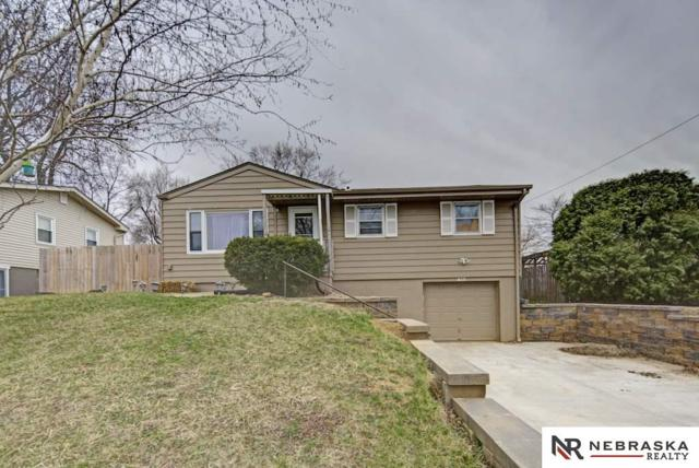 415 Highland Drive, Gretna, NE 68028 (MLS #21806471) :: The Briley Team